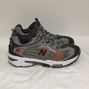 New Balance 892 Cross Training Running Shoes